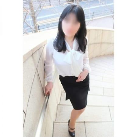 ももえ【笑顔が素敵な美形奥様♪】   奥様鉄道69 東京店(五反田)