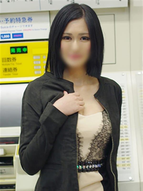 りかこ【清楚系美人秘書】