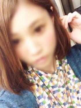 こう|福岡市・博多風俗で今すぐ遊べる女の子