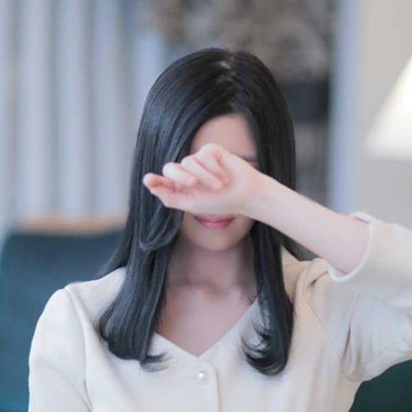 朱音(あかね)【モデル顔負けスタイル抜群美女】