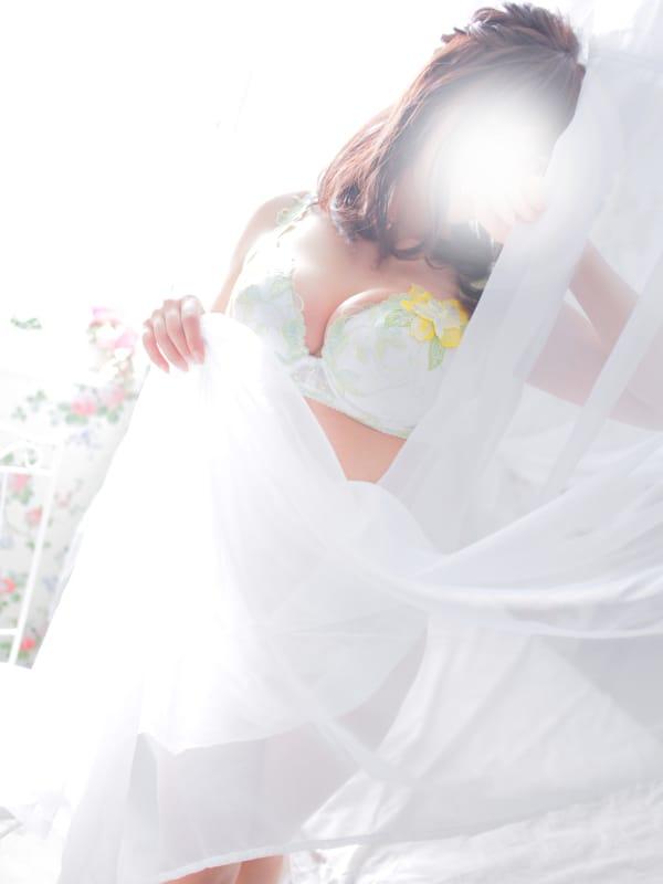 りん【即完売嬢・電撃復帰♪】