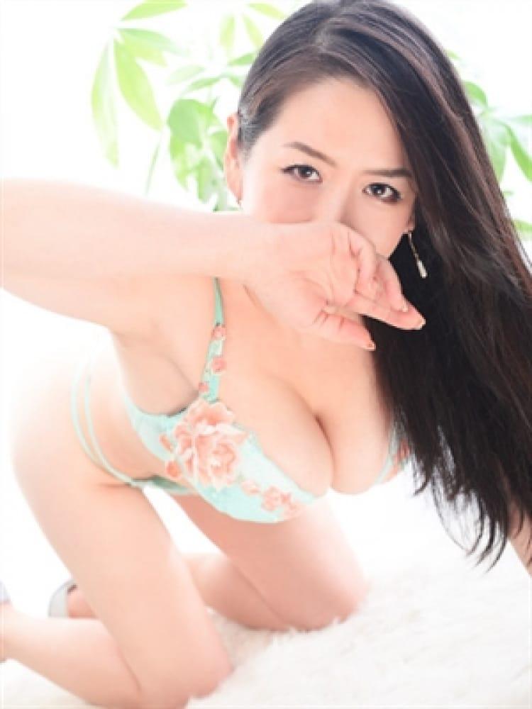 ひとみ(蜜系アロマ&回春エステ~エナジー~Energy)のプロフ写真3枚目
