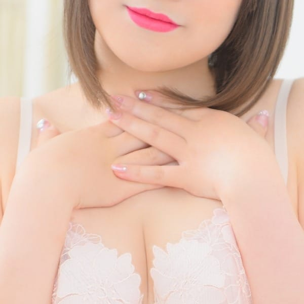 るん【童顔Cuteな女の子】 | ぷるるん小町梅田店(梅田)