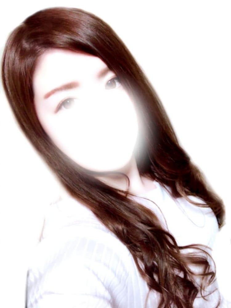 りお【1/11デビュー!】