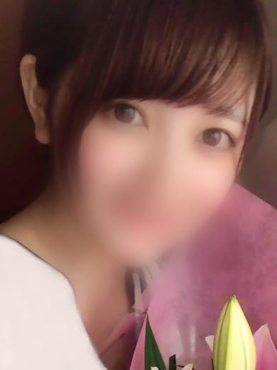 りこ【100%透明な美少女】