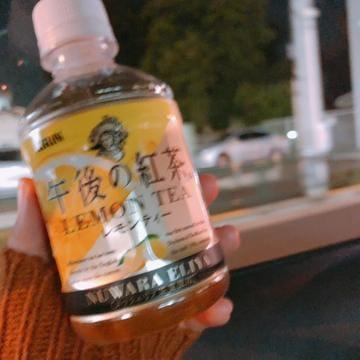 「こんばんは^ ^」11/01(11/01) 22:31   りくの写メ・風俗動画