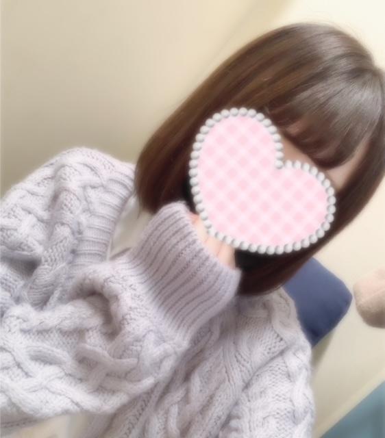 「本日も出勤!」11/28(11/28) 10:34 | りりあの写メ・風俗動画