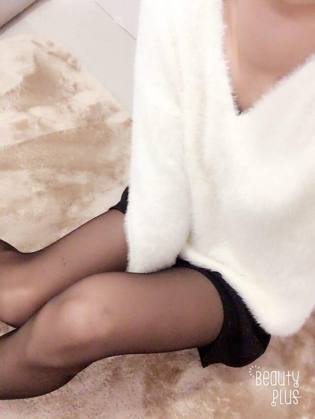 「すこしづつ♡」11/16(11/16) 12:15 | 片桐 つばさの写メ・風俗動画
