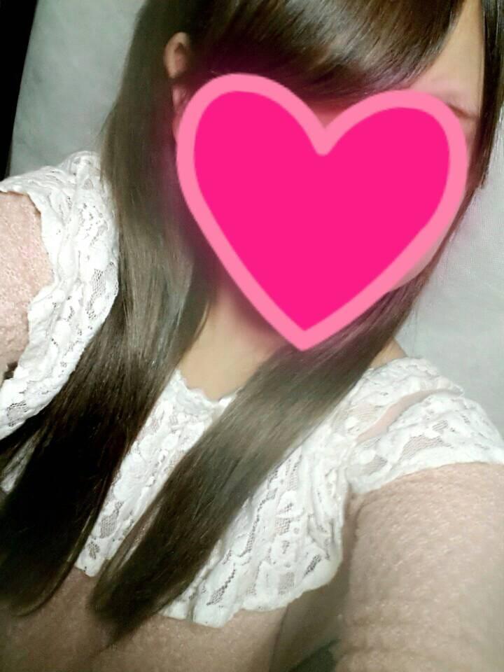 「こんばんは~」11/17(11/17) 20:38   あかりの写メ・風俗動画