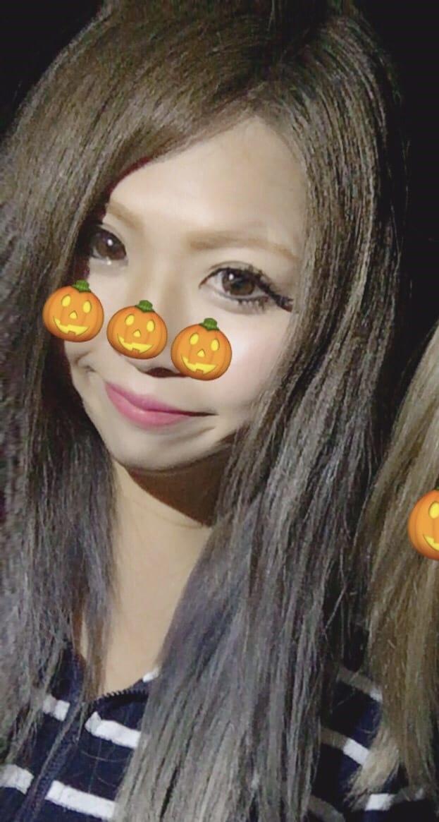 「待機だよん」11/17(11/17) 21:34   にゃりおの写メ・風俗動画