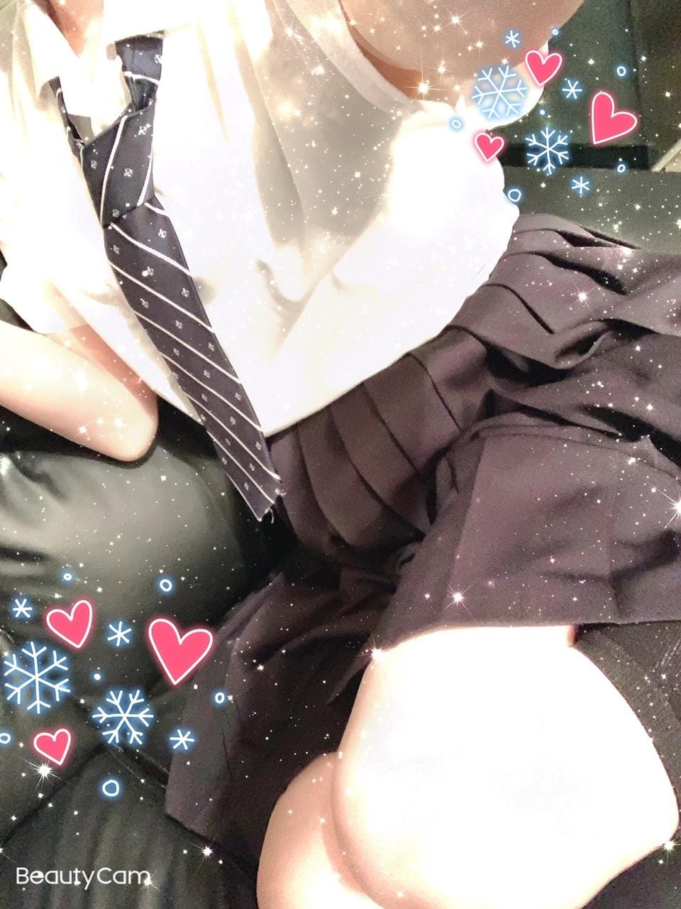 「こんにちは」12/13(12/13) 11:06   えなの写メ・風俗動画