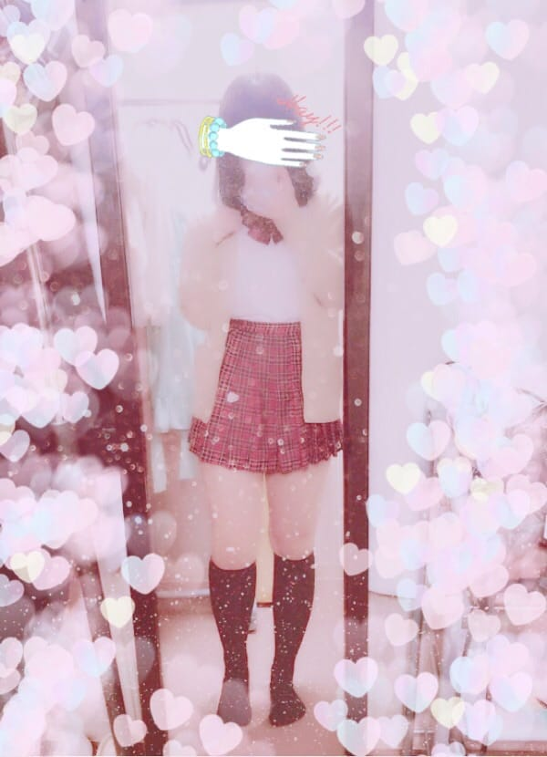 「ふゆ」11/19(11/19) 18:37   もなかの写メ・風俗動画