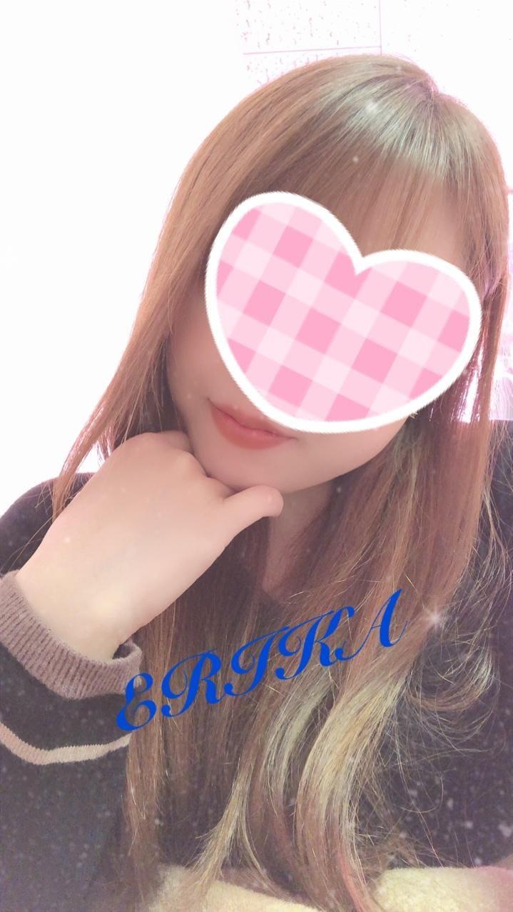 「(。ᵕᴗᵕ。)Hello」01/09(01/09) 14:23 | えりかの写メ・風俗動画