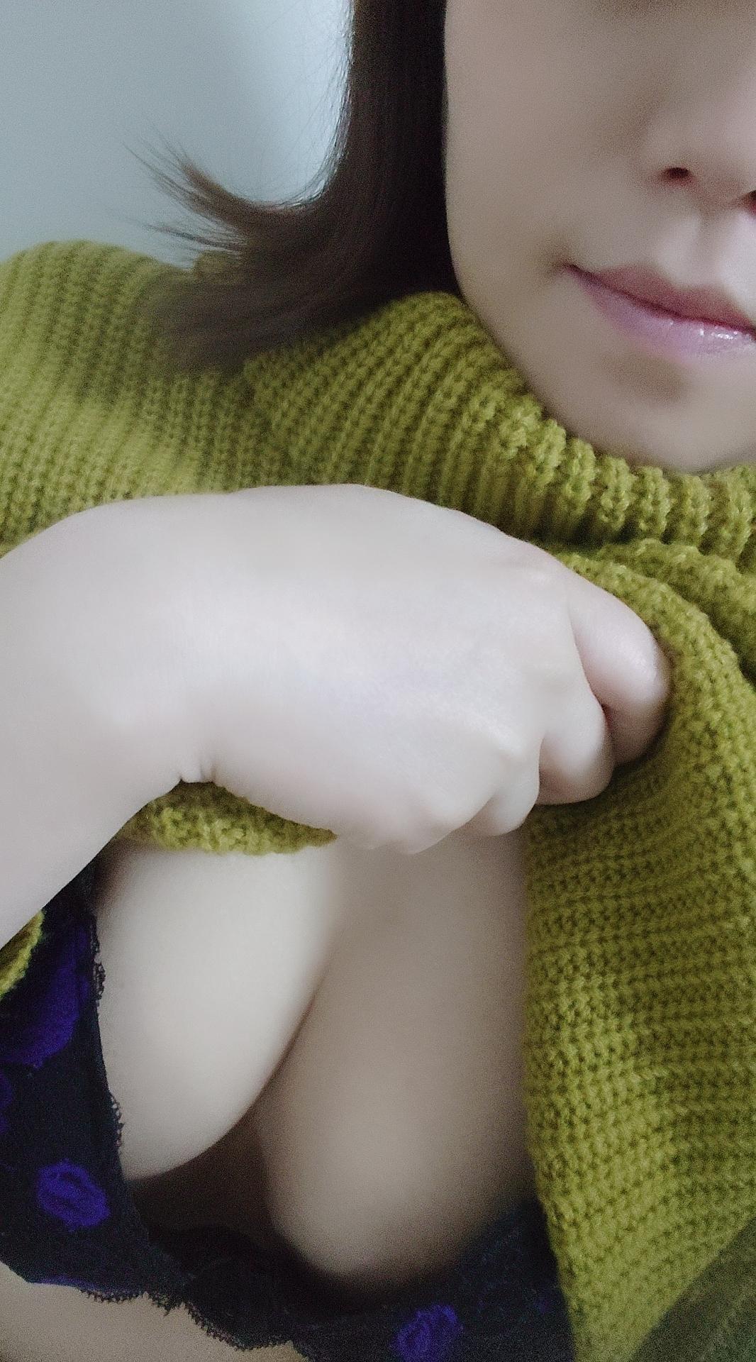 「☆出勤中です☆」01/09(01/09) 21:00 | 大宮の妻の写メ・風俗動画