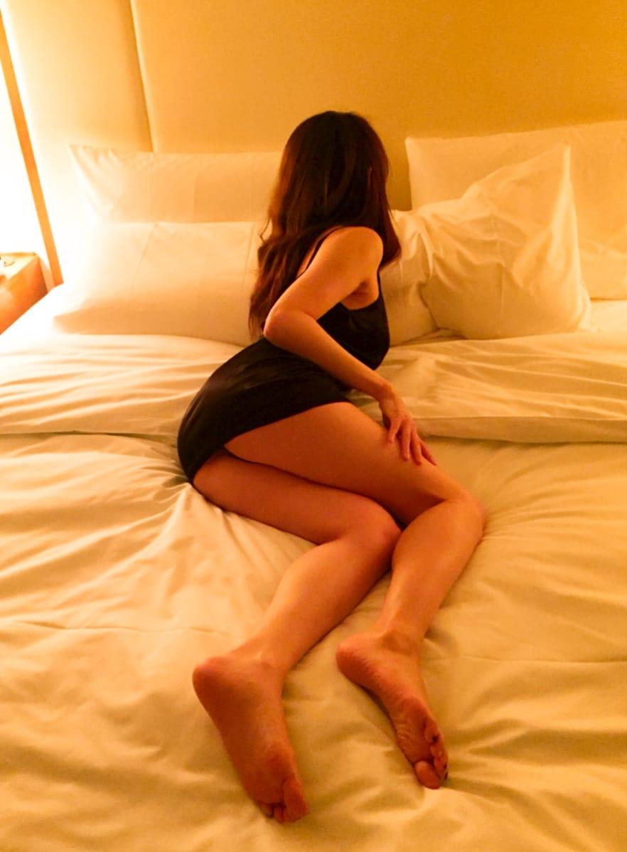 「オロナミンCとカロリーメイトフルーツ味」11/30(11/30) 16:38 | りりの写メ・風俗動画