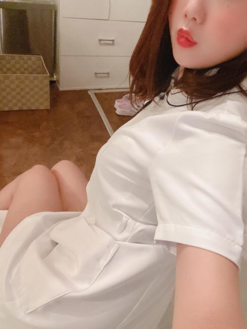 「こんにちは(≧▽≦)」02/26(02/26) 12:06   しおりの写メ・風俗動画
