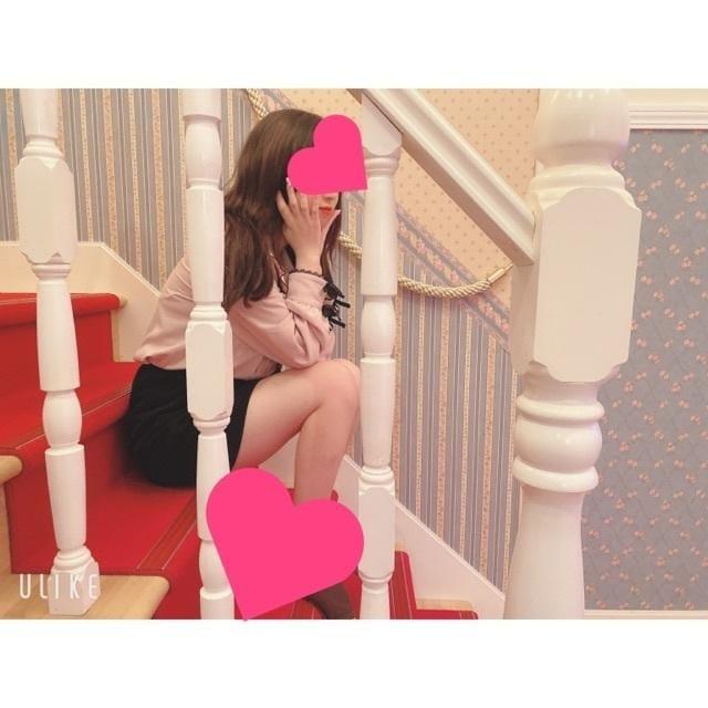 「出勤と1番手のお兄様♡」02/27(02/27) 21:08   くろみちゃんの写メ・風俗動画