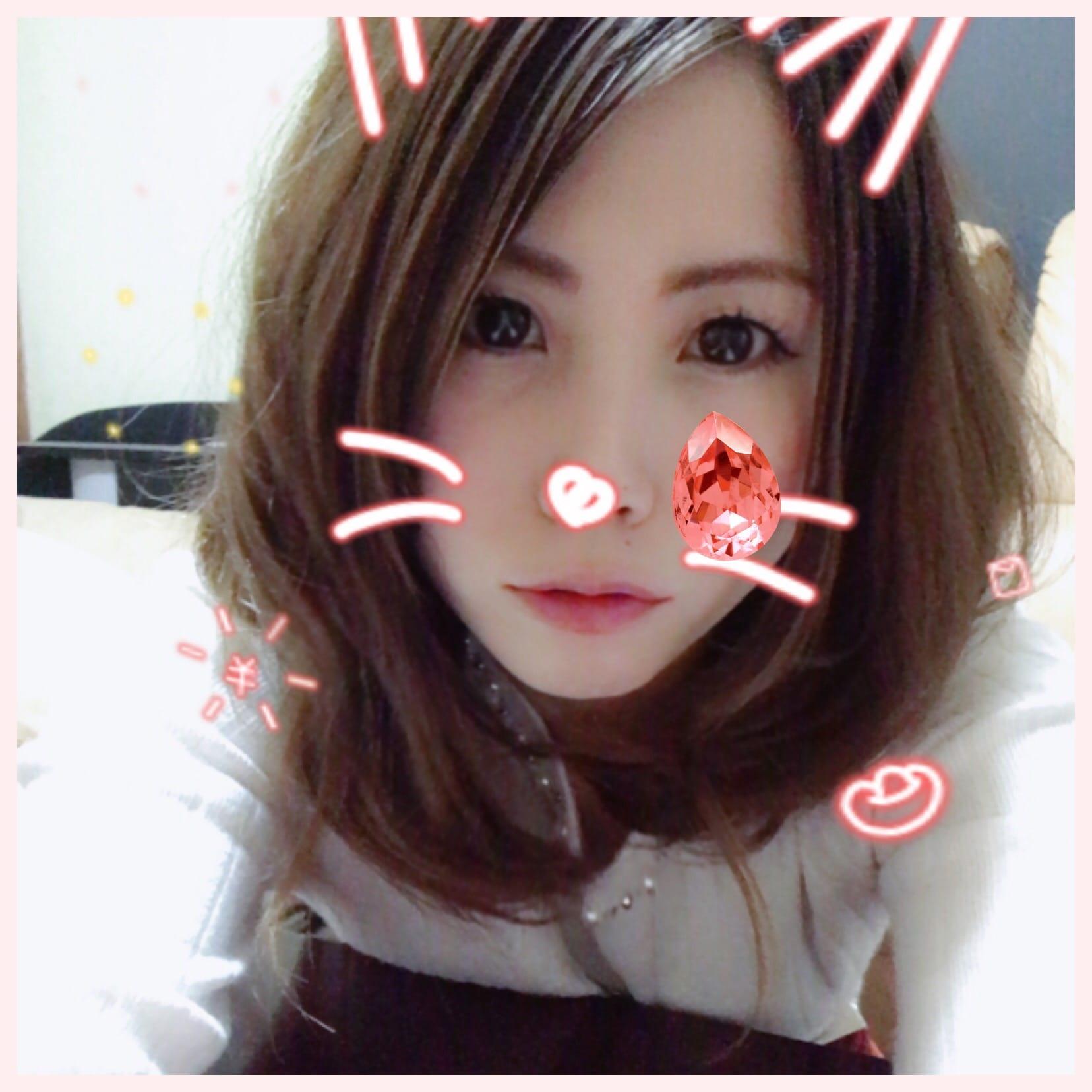「雨だねー(ㆀ˘・з・˘)」12/08(12/08) 19:53 | なつみ の写メ・風俗動画