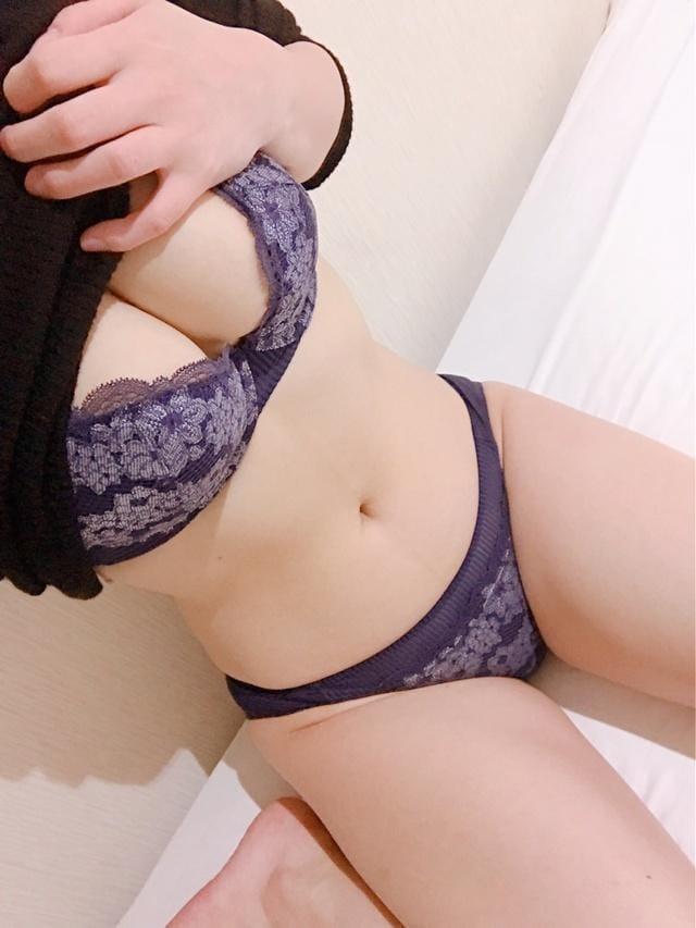 「待機中です」03/01(03/01) 21:19 | 茉希(まき)の写メ・風俗動画