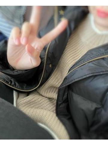 「こんばんは〜出勤です♡」03/07(03/07) 18:50 | あかりの写メ・風俗動画