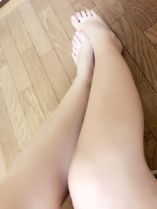 「こんにちわ」12/13(12/13) 22:16 | りょうの写メ・風俗動画