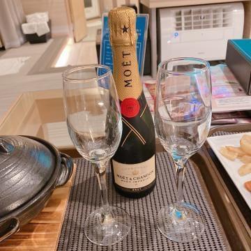 「シャンパンッ」03/26(03/26) 18:47 | あおいの写メ・風俗動画