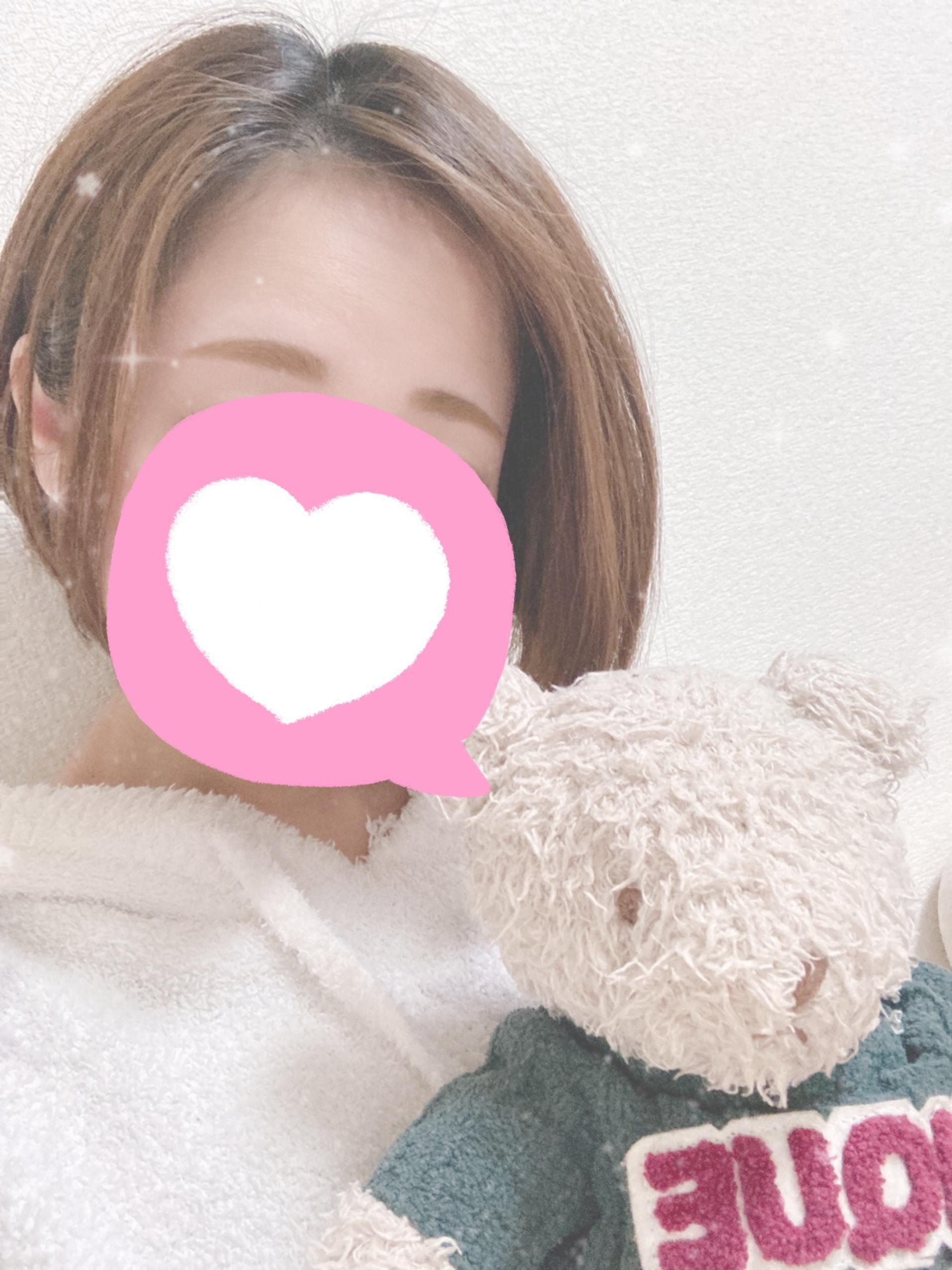 「こんばんは〜」04/07(04/07) 20:18   えりの写メ・風俗動画