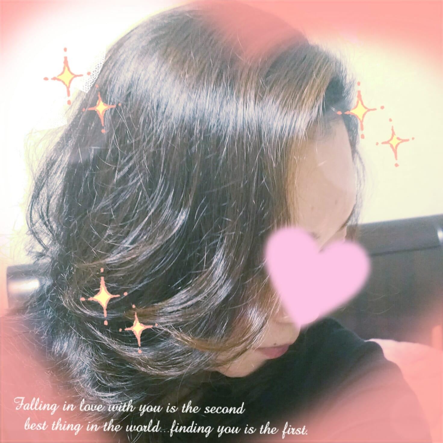 「こんばんわ✨」12/18(12/18) 21:24   理香子(りかこ)の写メ・風俗動画