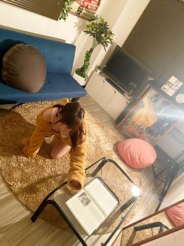 「出勤?」04/17(04/17) 17:08   れなの写メ・風俗動画