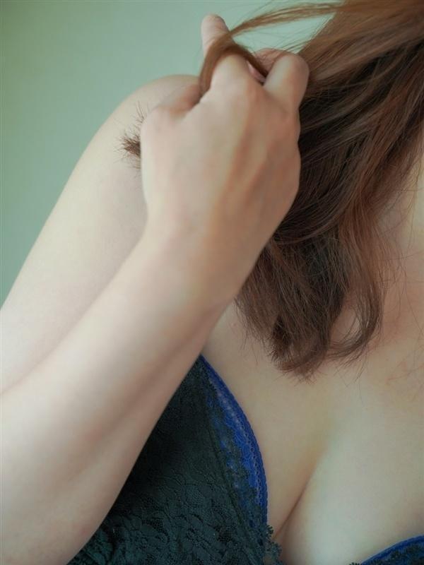 「空いております♪」04/18(04/18) 11:07 | 柴咲【しばさき】の写メ・風俗動画