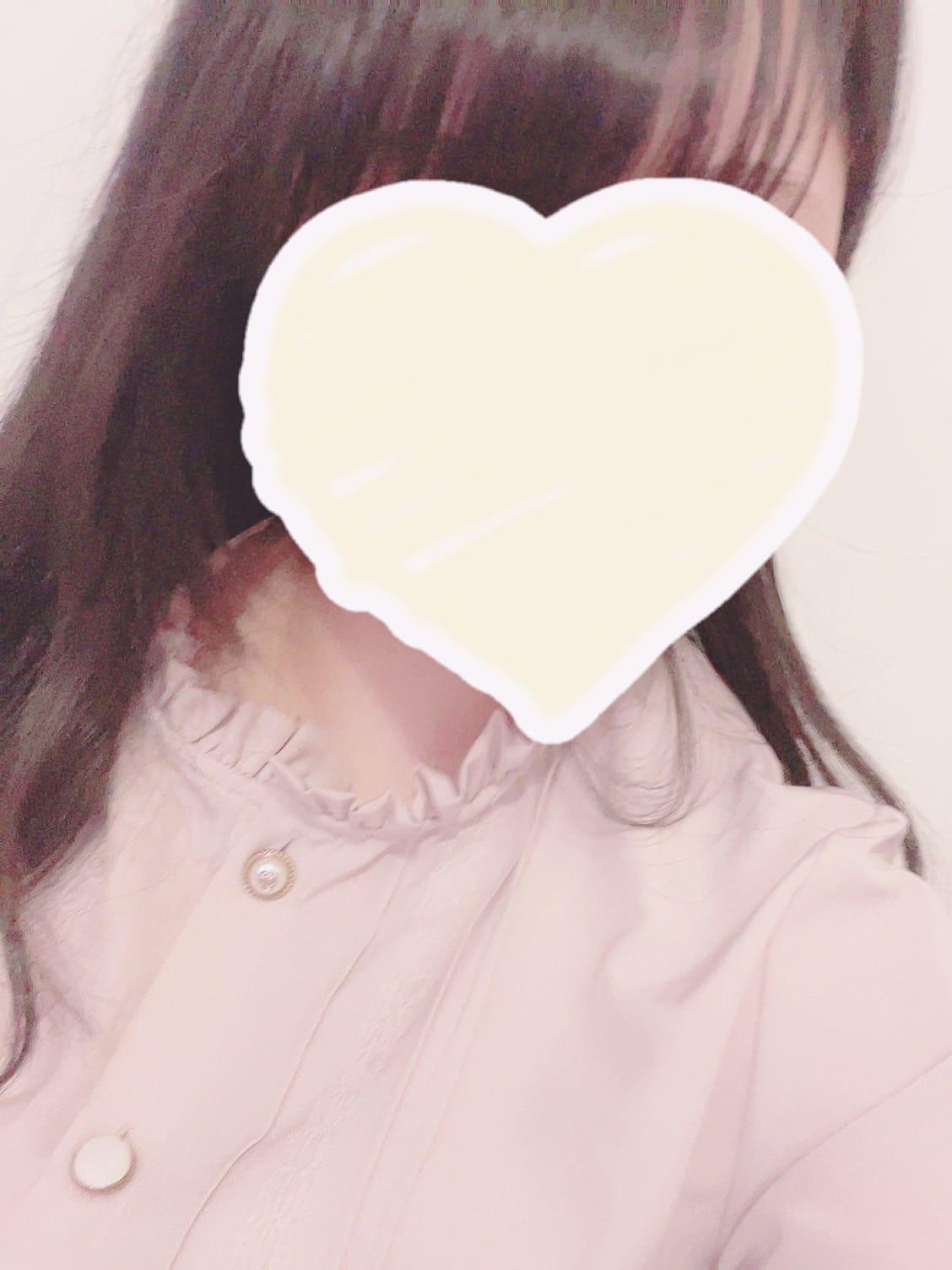 「こんばんは」04/28(水) 01:26 | 高橋ゆずの写メ日記
