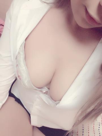 「おはよー♪」05/07(05/07) 12:40 | 成瀬ともか[性欲爆発♡巨乳妻]の写メ・風俗動画
