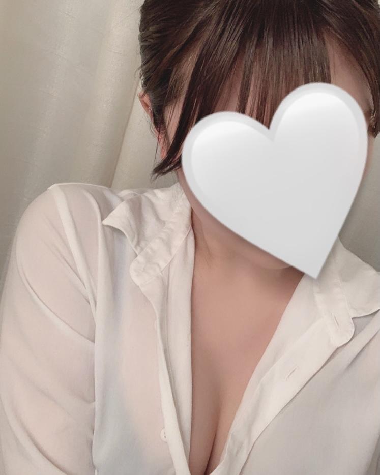 「出勤です^_^」06/17(06/17) 19:00 | 芽愛(めあ)の写メ