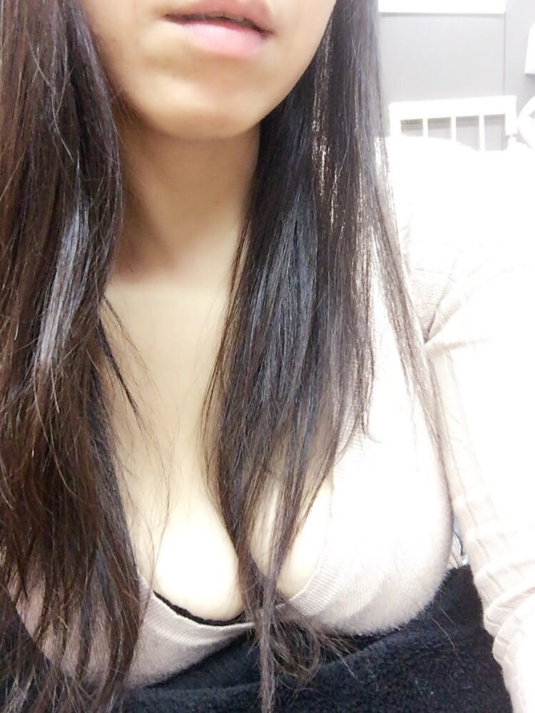 「ふふふ」01/18(01/18) 14:05   しまづかおるこの写メ・風俗動画