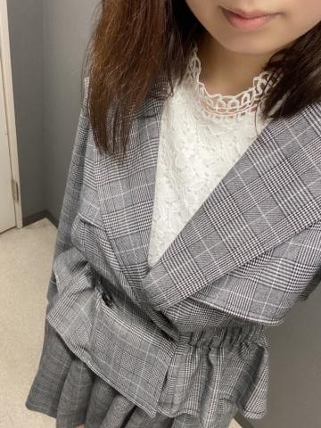 「出勤 ?」09/06(月) 20:07 | さりの写メ日記