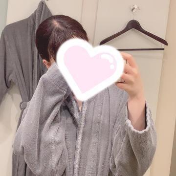 「??」09/13(月) 03:46   りな【禁断のアルバイト】の写メ日記