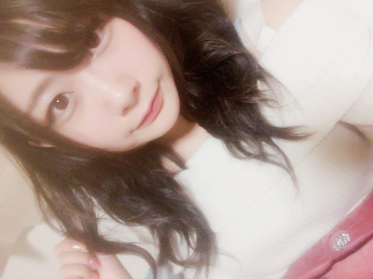 「。」02/04(02/04) 22:49   るるの写メ・風俗動画