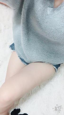 「( *´ω`* )♡。」02/08(02/08) 10:20 | あかねの写メ・風俗動画