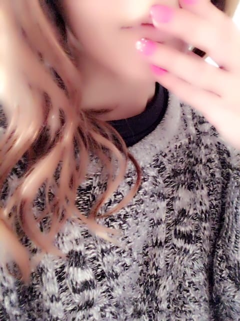 「こんばんは(・∀・)」02/09(02/09) 18:36 | まこの写メ・風俗動画