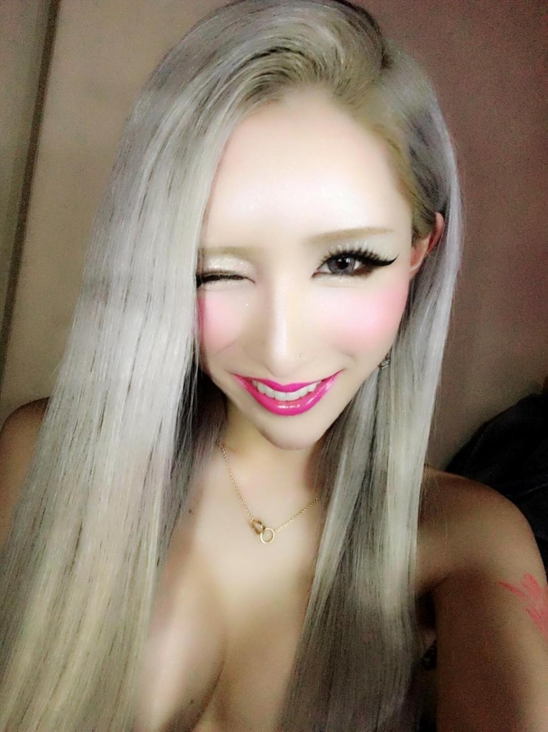 「こんばんわ♪」02/12(02/12) 18:00 | 高瀬かんなの写メ・風俗動画