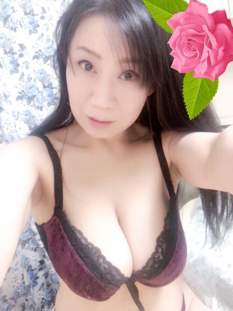 「東京に来たよ♪」02/12(02/12) 18:54   しまづかおるこの写メ・風俗動画