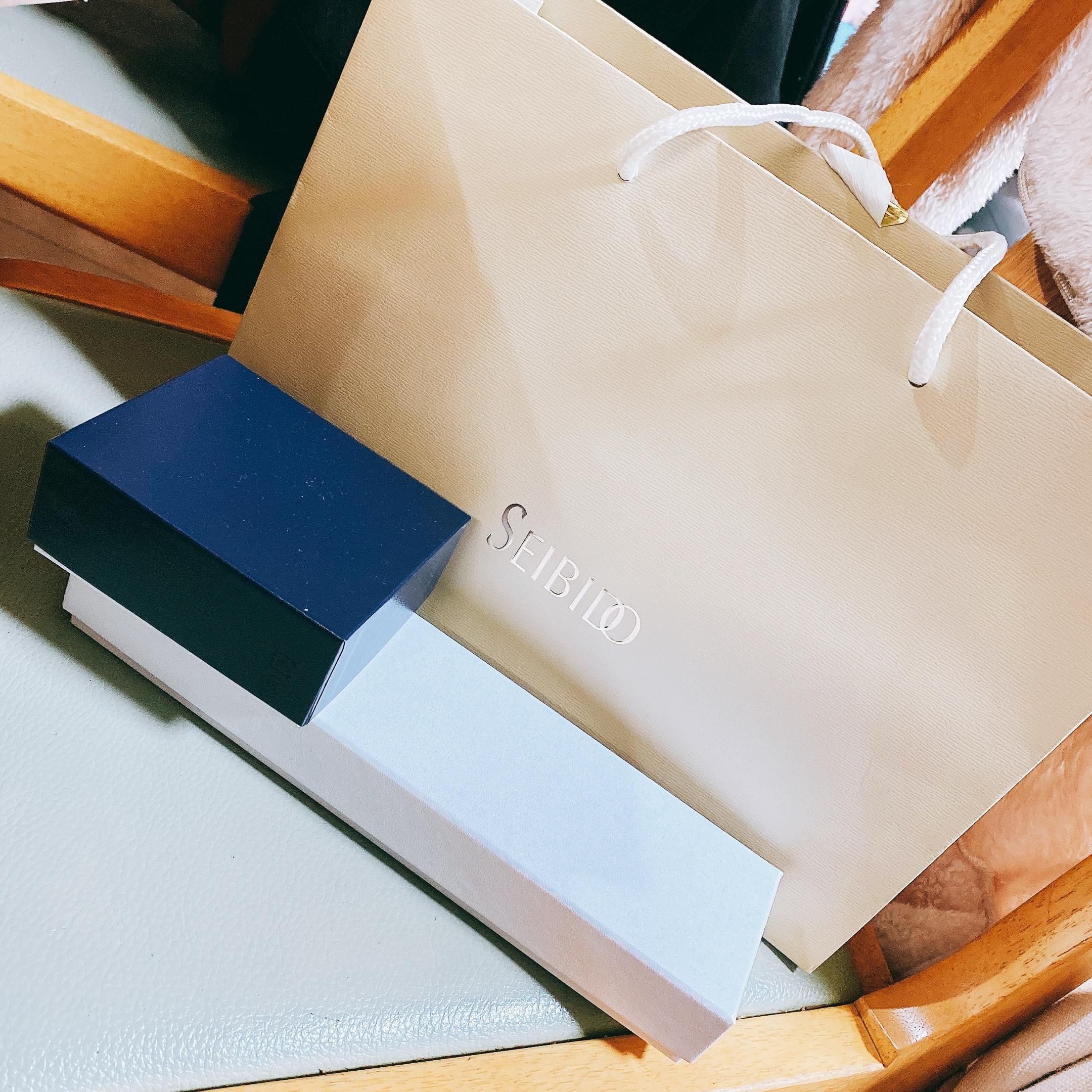 「んふ(*´꒳`*)」10/19(火) 14:03 | れいなの写メ日記