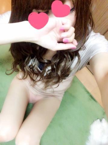 「こんばんわ♪」02/19(02/19) 02:49 | 悠(しのぶ)の写メ・風俗動画