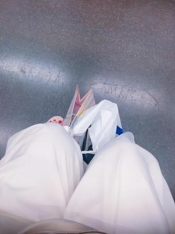 「出勤♪」03/18(03/18) 18:38 | 広瀬 真姫の写メ・風俗動画