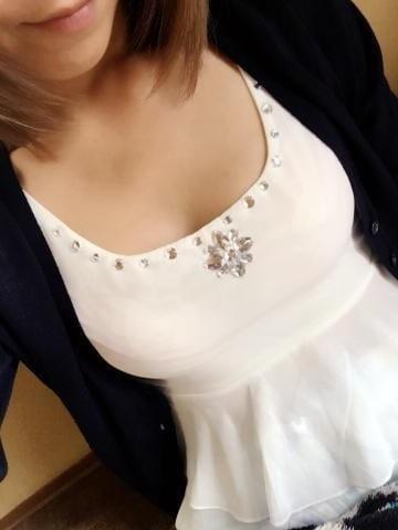 「出勤してま~すっ!よろしくね♪」03/20(03/20) 16:58 | みおりの写メ・風俗動画