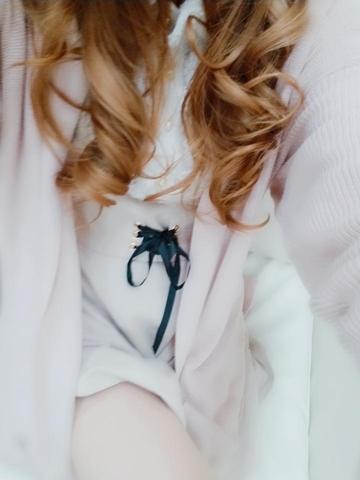 「出勤してます♪」03/20(03/20) 17:32 | のの◇細身Eカップ若妻◇の写メ・風俗動画