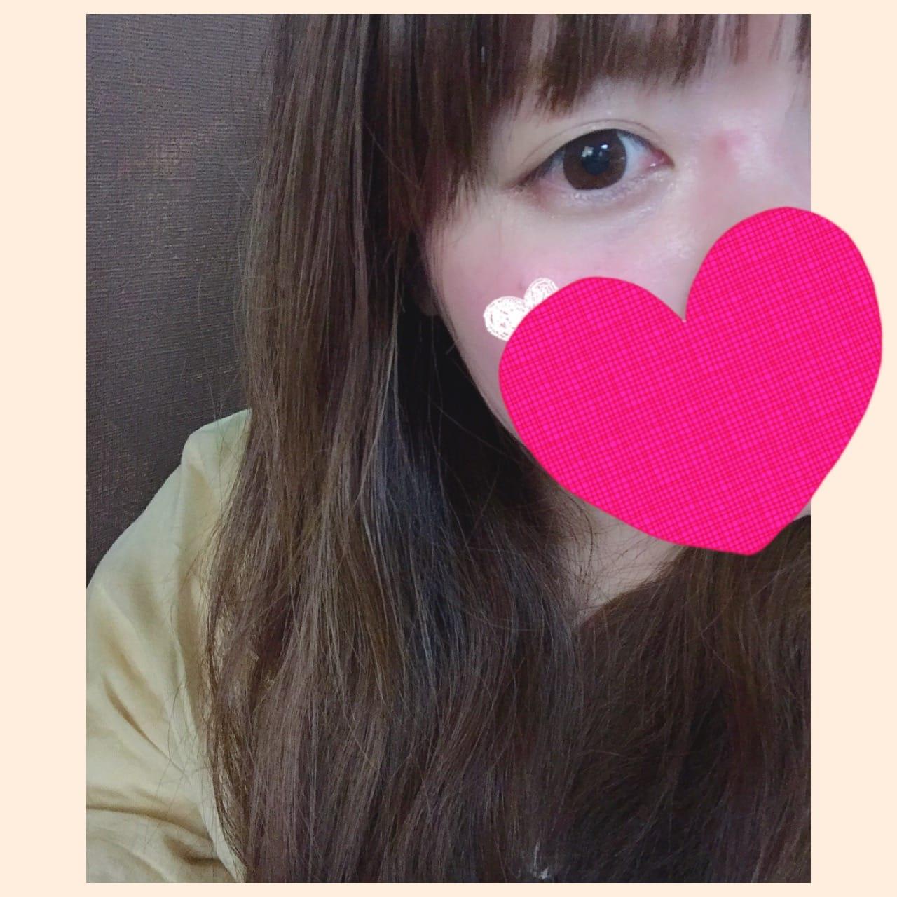「こんにちは(・∀・)」04/04(04/04) 15:20   うたの写メ・風俗動画