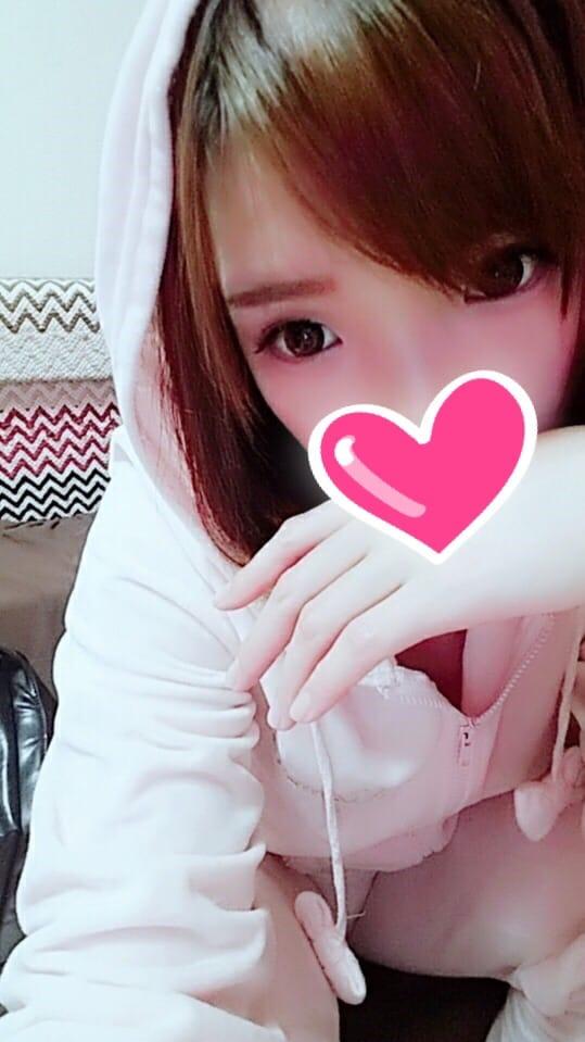 「イマージュ」04/19(04/19) 21:43 | あずき『天然美巨乳娘』の写メ・風俗動画