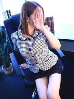 「出勤しました♪」04/21(04/21) 15:30 | メグ 真昼の人気OL★の写メ・風俗動画