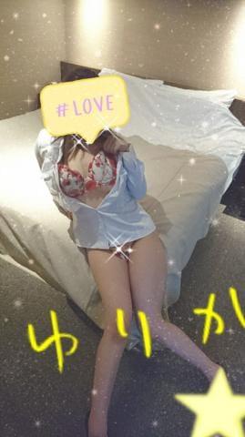「チラリ☆」04/21(04/21) 20:42   新人艶女/百合華(ゆりか)の写メ・風俗動画